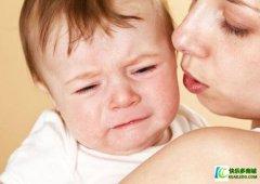 宝宝晚上睡觉哭闹怎么办 宝妈必看:处理宝宝哭闹的